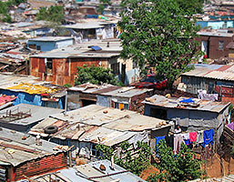 Fattigdomen lever kvar aven i det nya afrika